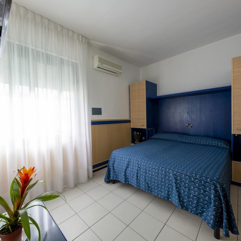Standard Economy Zimmer